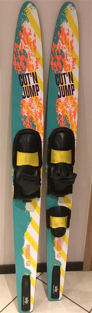 Slalom cut a jump pinnacle 150 water skis