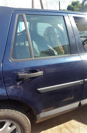 Freelander 2 Doors (front & back) | Auto Ezi