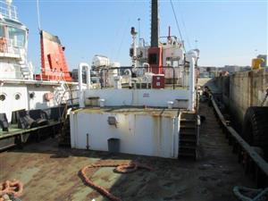 Tug Ibhayi Boat - ON AUCTION