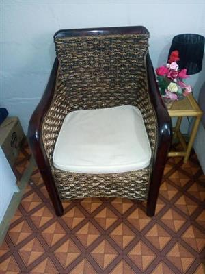 2x Beautiful chairs for sale.