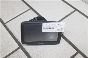 TomTom start 42 with charger and stand S035994A