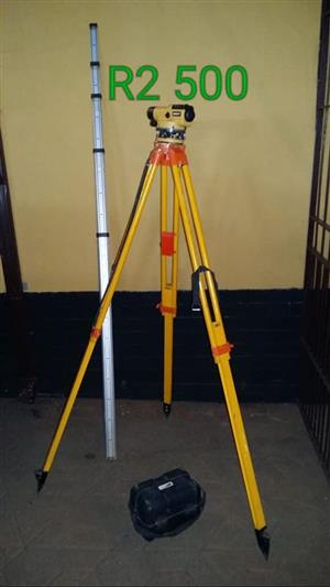 Yellow tripod for sale