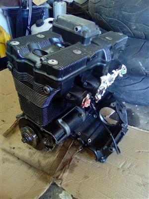 SUZUKI GSXR 1127 MOTOR R7 500 @CLIVES BIKES IMPORTS DURBAN/MARGATE
