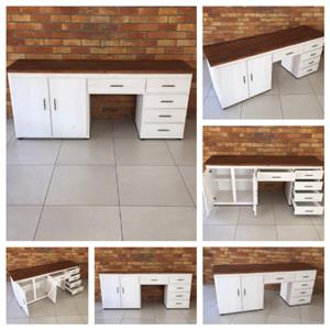 Dresser Chunky Cottage series 2000 - Two toned