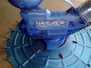 Pool cleaner automatic navigator .