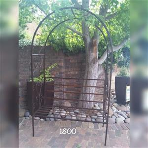 Arch & arch bench