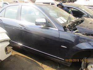 MERCEDES C350 W204 STRIPPING FOR SPARES