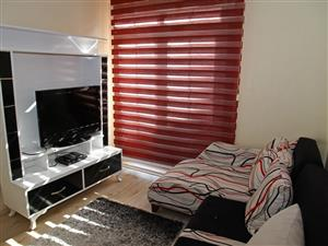 single room available in rondebosch from september or a week before.