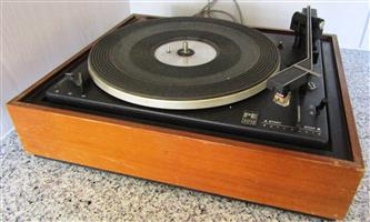 Perpetuum-Ebner PE 3012 Turn Table / Record Player