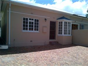 Charming 2 bedroom house for rent in Claremont, Cape Town