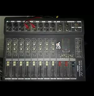 Dixon mixer Amp an