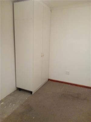 bedrooms en suit for rent