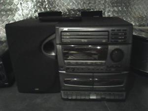 JVC 3 x CD player
