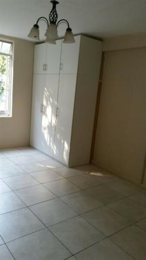 En-suite bedroom to rent in Kensington