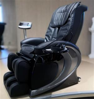 LATEST LUXURY MASSAGE CHAIR