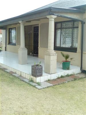 HOUSE FOR SALE ON THE DOORSTEP OF VILLAGE SQUARE RANDFONTEIN