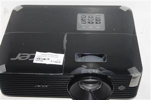 Acer projector in bag with cables S037149A #Rosettenvillepawnshop