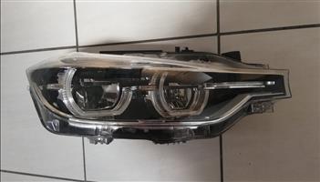 BMW F30 2018 Facelift Head Light Brand New Original R9000 set