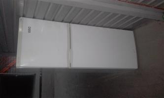 Kic bar fridge for sale ,Centurion