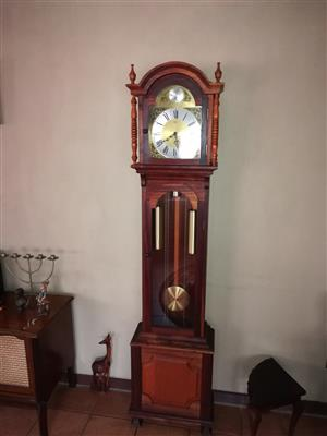Tempus fugit urgos grandfather clock 2m tall with solid brass pendulans made in Germany