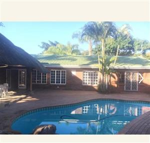 Spacious 5 bedroom house in Umhlanga