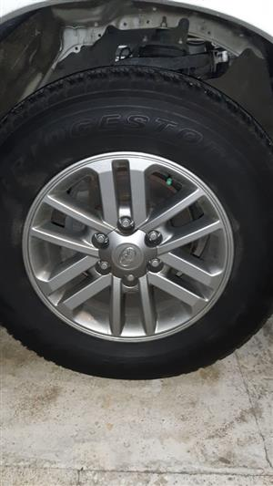 Looking  for Toyota Hilux 17 inch rims