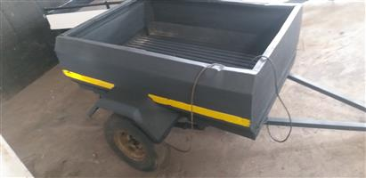 Venter box trailer for sale.  Refurbished.  No papers.