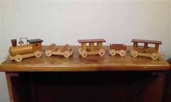 25-Piece Wooden Train Set
