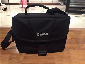 Canon EOS Rebel T6 (760-D)