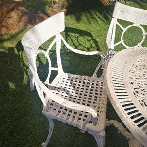 4 seater small cast alluminium patio set