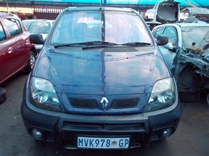 RENAULT SCENIC RX4 2.0 16V STRIPPING FOR SPARE PARTS