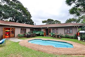 10 bedroom Home for Sale