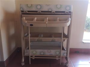 Baby Changing Table - IB