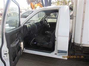 MITSUBISHI COLT 2500 STRIPPING FOR SPARES