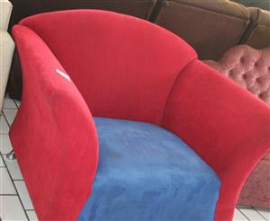 S033971A Single seater couch #Rosettenvillepawnshop