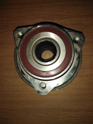 chrysler voyager left front right front wheel hub for sale brand new