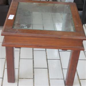 S034075B Brown coffee table with glass #Rosettenvillepawnshop