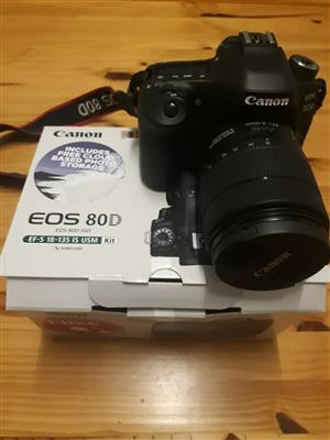 Canon EOS 80D DSLR with 18mm - 135mm F/3.5 - 5.6 IS USM Lens