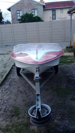 4.2 metre boat for sale