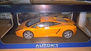 Lamborghini 1:18 model cars for sale