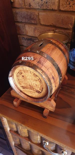 2 Lt Wine Barrel Savings Box
