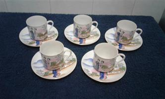 Set of 5 cups and saucer