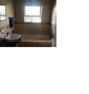 3 Bedroom House to rent in Universitas  5a Rindl Street, Universitas, Bloemfontein