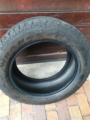 One 70% tread 255/55/19 Goodyear Wrangler tyre dated 2017 R850