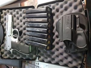 CZ75 pistol