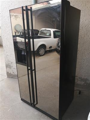 Fairly used double mirror door Samsung fridge