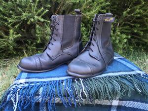 Horse Riding/ Paddock boots for sale. R600.