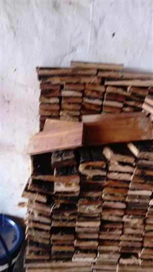 Wooden floor blocks  blokkies houtvloer