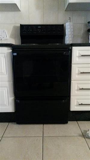 Defy 4plate stove good condition