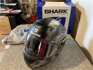 Shark Skwal Hiya KWK helmet